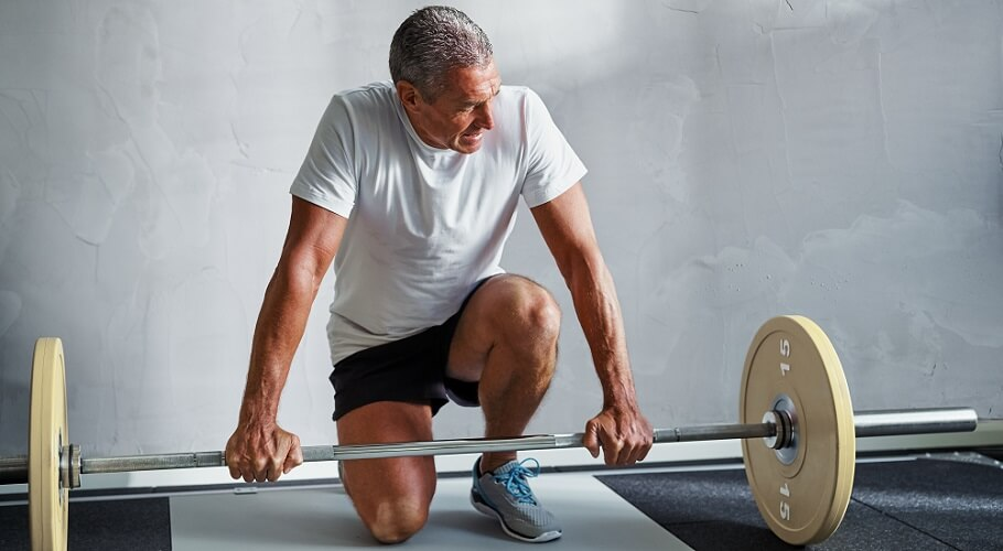 weightlifter old heart condition