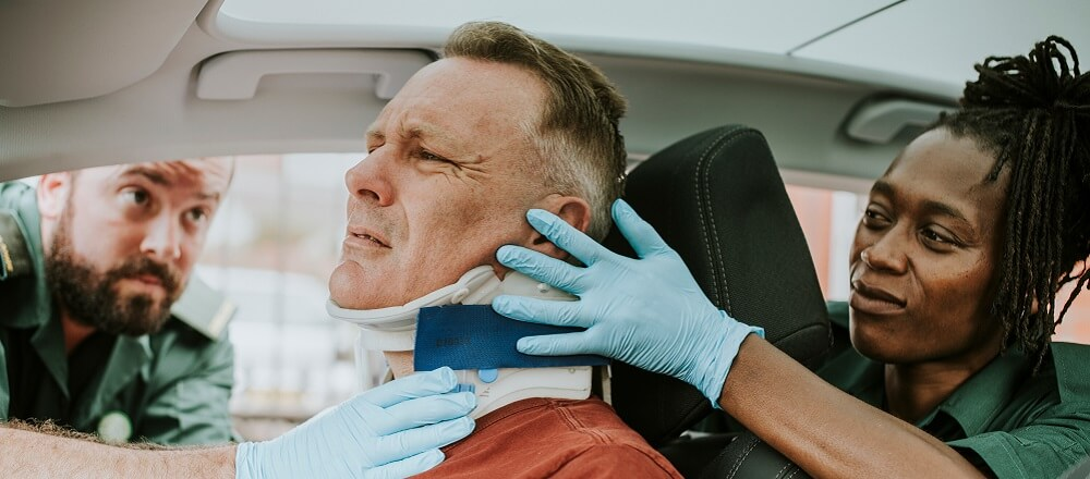 motor vehicle accident cervical fracture dislocation neck brace paramedic