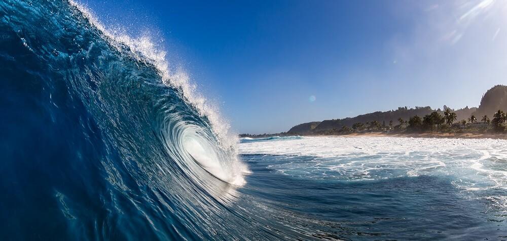 ocean wave tsunami
