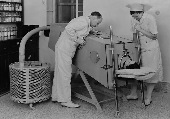 iron lung polio myelitis