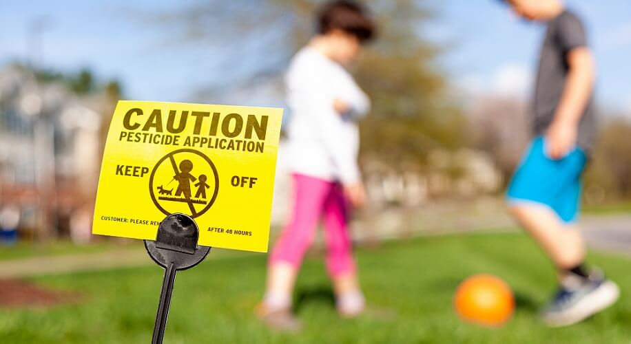 pesticides environmental pollution toxins fertility